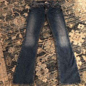 Silver Jeans 27 x 33 Tuesday straight leg